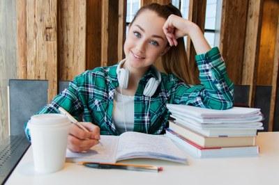 Avoimen väylästä kaivataan enemmän tietoa opinto-ohjauksen avuksi
