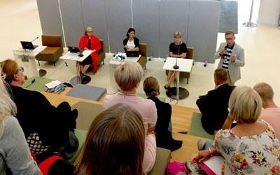 Opiskelijavalintauudistuksesta ja avoimen väylästä keskusteltiin Jyväskylässä