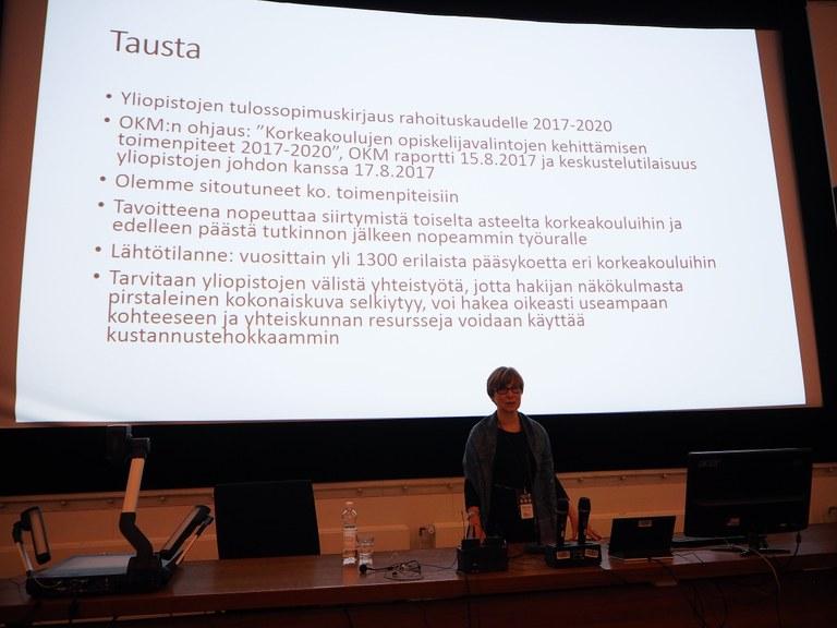 Vararehtori Helka-Liisa Hentilä