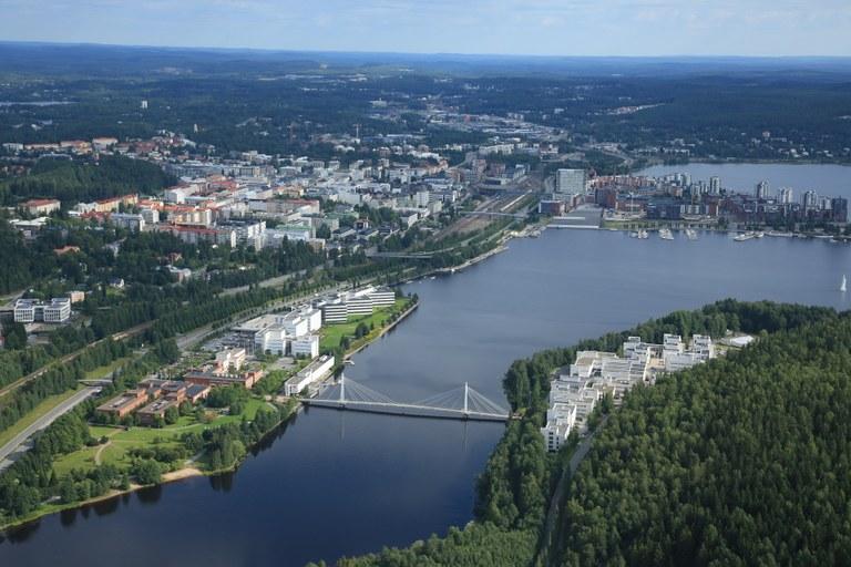 Jyväskylän yliopisto ja Jyväskylä kuvattuna ilmasta