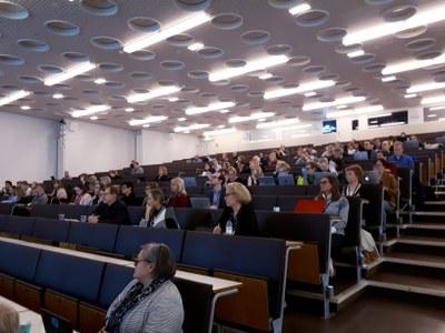 Opiskelijavalinnat uudistuvat: Rakenteilla on vaihtoehtoinen reitti yliopistoon avoimen yliopiston kautta