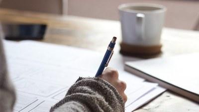 Opiskelu työttömyyden aikana: Uusi urapolku tai täsmäosaamista työelämän tarpeisiin