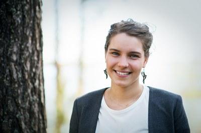 Yhteiskuntatieteet ja valtiotieteet, Anna Tolonen, Alkio-opisto: Itseluottamusta ja väyläopinnot kasaan