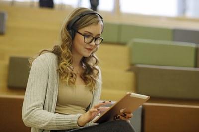 Avoin yliopisto määritteli verkkokursseille raameja ja laatusuosituksia