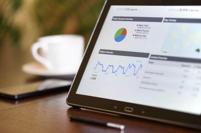 Digimarkkinointia käytännössä: Tutustu verkkonäkyvyyden, hakukoneanalytiikan ja mobiilimarkkinoinnin saloihin JYU avoimen maksuttomalla uutuuskurssilla