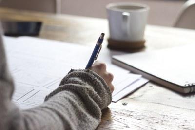 Kiinnostaako kirjoittaminen? Hae kirjoittamisen perusopintoihin 13.–27.10.2020