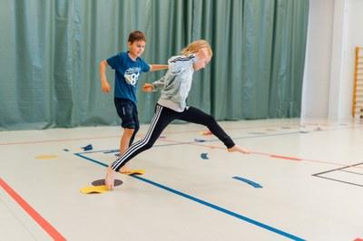 Lasten ja nuorten liikunnan perusopinnot nyt täysin etäopiskellen: Tutkittua tietoa liikunnallisen elämäntavan tukemiseen
