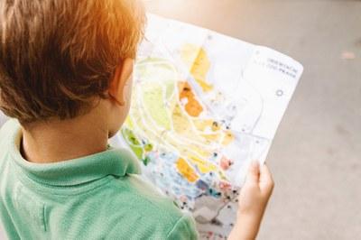 Moninaistuva koulu: Ammatillista osaamista lasten ja nuorten tukemiseen