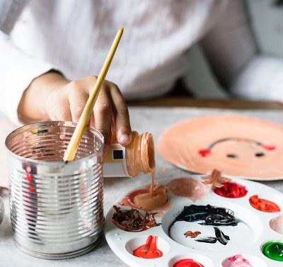Opintoja oppilaitosten yhteistyönä: Moninaistuva koulu -opinnot lasten ja nuorten parissa työskentelevien tueksi