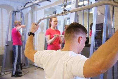 Suunnitteilla soveltavan liikunnan opintoja: vastaa kyselyyn ja voita avoimen yliopiston lahjakortti