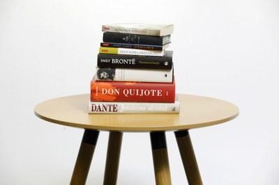 Homeroksesta Austeniin ja Dostojevskiin – Tutustu länsimaiseen kirjallisuushistoriaan verkkokurssilla